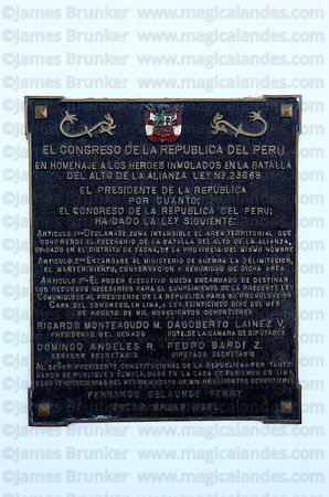 Plaque from Peruvian Congress honouring soldiers who died on monument at site of the Battle of Alto de la Alianza , near Tacna , Peru