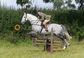 Maz Medcalf - Cottesmore Hunt Relay, The Kennels, Ashwell, 1st September 2013.