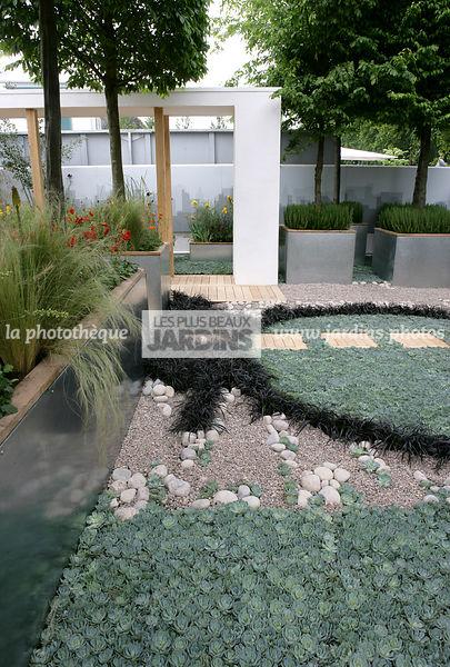 la phototh que les plus beaux jardins jardin sec style contemporain bac acier bross. Black Bedroom Furniture Sets. Home Design Ideas