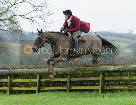 Joss Williams jumping a hunt jump at Baggrave Hall