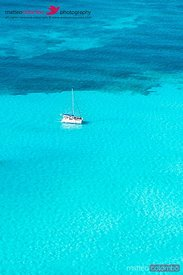 Yacht in the turquoise caribbean sea, Mexico