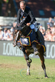 Rolf-Göran Bengtsson wins with Casall Ask  the Longines Global Champions Tour Grand Prix in Hamburg.
