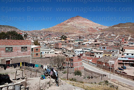 Laundry outside house in suburb, Cerro Rico in background, Potosí, Bolivia