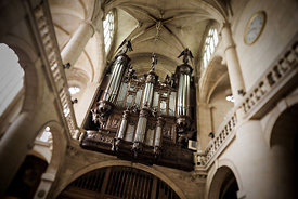 Organ case in Saint Etienne du Mont church, Paris