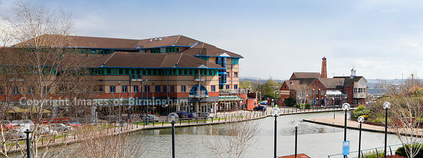 Brewers Wharf Public house and other restaurants and bars at the Waterfront, Merryhill.