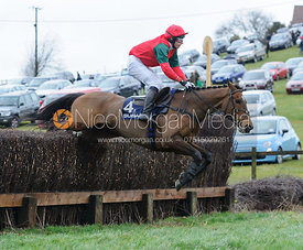 CURNALEE COLEEN (Tom Chatfeild-Roberts) - The Woodland Pytchley at Dingley 26/3