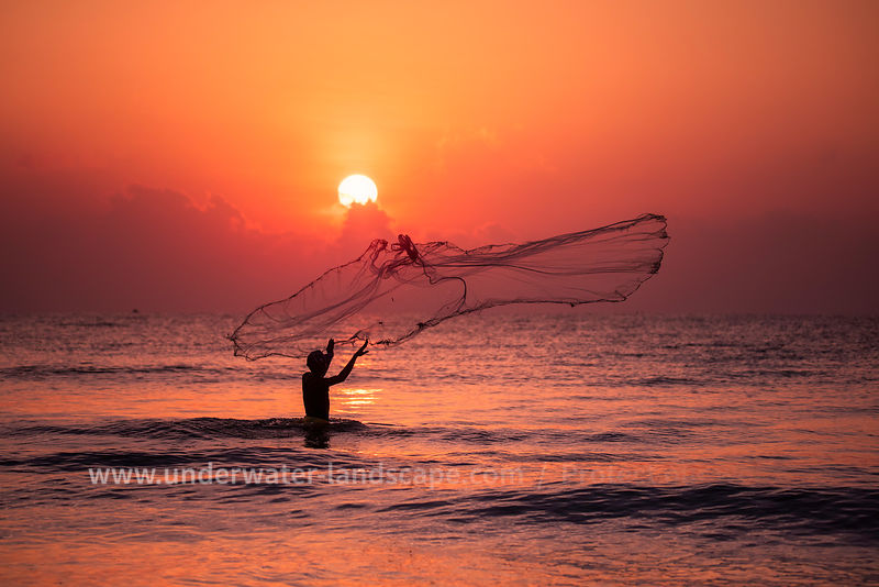 Sri Lankan fisherman - Sunset on Sri Kanka