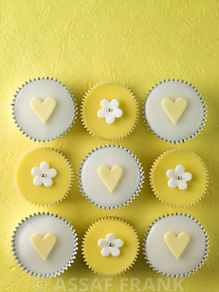 Yellow and white cupcakes