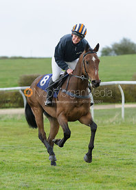 Jess Butler (RAISED HOPE) - The Quorn at Garthorpe
