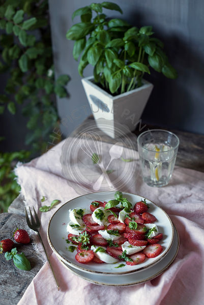 Strawberry salad with mozzarella cheese