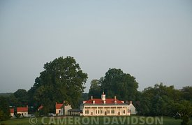Mount Vernon in the morning.