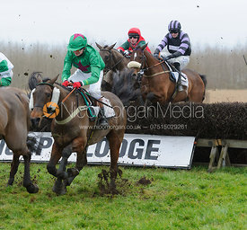 Race 4 - Mens Open - Midlands Area Club Point-to-point 2017, Thorpe Lodge 29/1