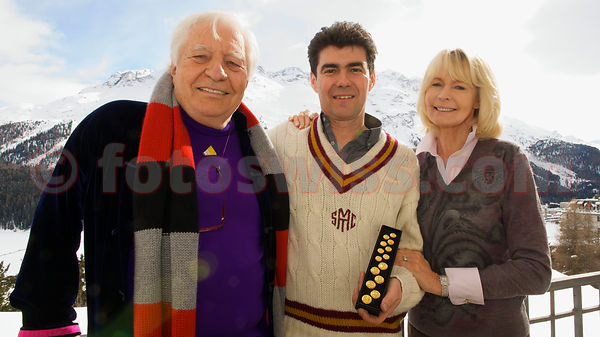 Gunter Sachs The Cresta Run of the SMTC Saint Moritz Tobogganing Club since 1884/85 Gunter Sachs Challenge Cup The Buttons