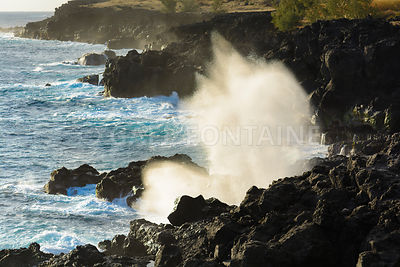 Le Souffleur or a natural geyser at Reunion Island