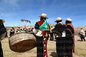 J'acha sikus group from Arannsaya playing panpipes / sicus and drum / bombo, Curahuara de Carangas, Bolivia