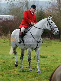 Martin Brown - The Cottesmore Hunt at Hill Top Farm 10/12/13