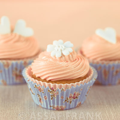 Cup cakes with icing