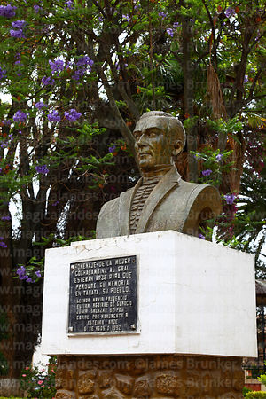 Bust of General Esteban Arze in Plaza Aroma, Tarata, Cochabamba Department, Bolivia