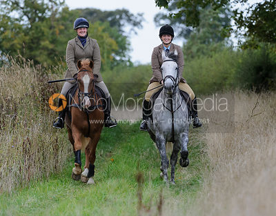 The Cottesmore Hunt in Exton Park 17/9 photos