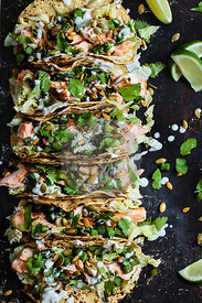 Salmon tacos with vegetables