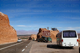 Tourists at viewpoint in Cordillera de Sal near San Pedro de Atacama, Region II, Chile