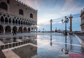 Doge's palace at high tide, Venice, Italy