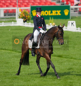 Nicola Wilson and Bee Diplomatic - Dressage