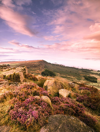 August morning on Curbar Edge
