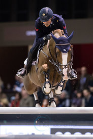 Bordeaux, France, 2.2.2018, Sport, Reitsport, Jumping International de Bordeaux - . Bild zeigt Lorenzo DE LUCA (ITA) riding Halifax van het Kluizebos (5*)...2/02/18, Bordeaux, France, Sport, Equestrian sport Jumping International de Bordeaux - . Image shows Lorenzo DE LUCA (ITA) riding Halifax van het Kluizebos (5*).
