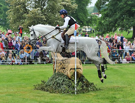 Pippa Funnell and BILLY THE BIZ - CIC3*