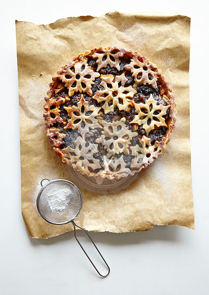 Mincemeat Tart with Snowflake Pastry Decoration