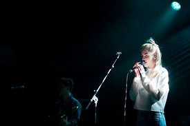 LONDON GRAMMAR.LA CIGALE 2013.JULIEN LEPEUT