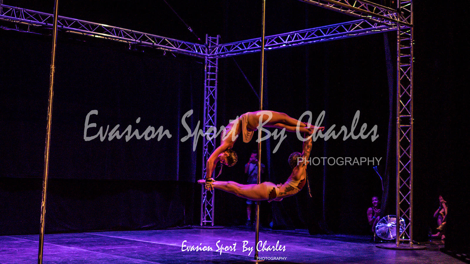 POLE DANCE  photos