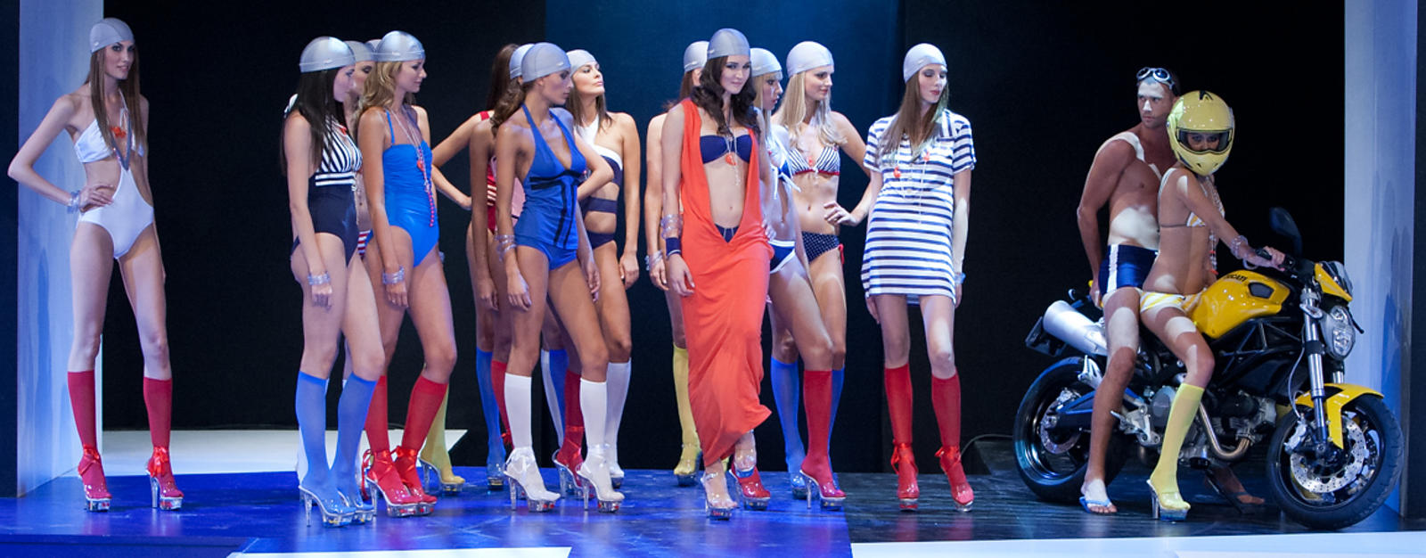 Paris: International Trade for lingerie and beachwear