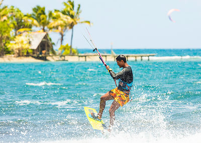 Kite-surf Tahiti French Polynesia
