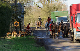 Hunt staff change horses - The Belvoir at Burton Pedwardine