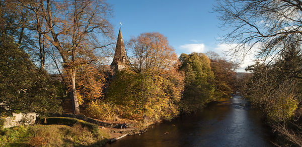 Autumn on the river Derwent at Baslow