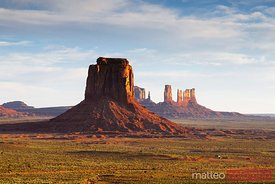 Sunrise at artist point, Monument Valley, Arizona, USA