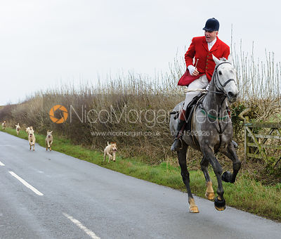 The Cottesmore Hunt at Pickwell Manor 21/12 photos
