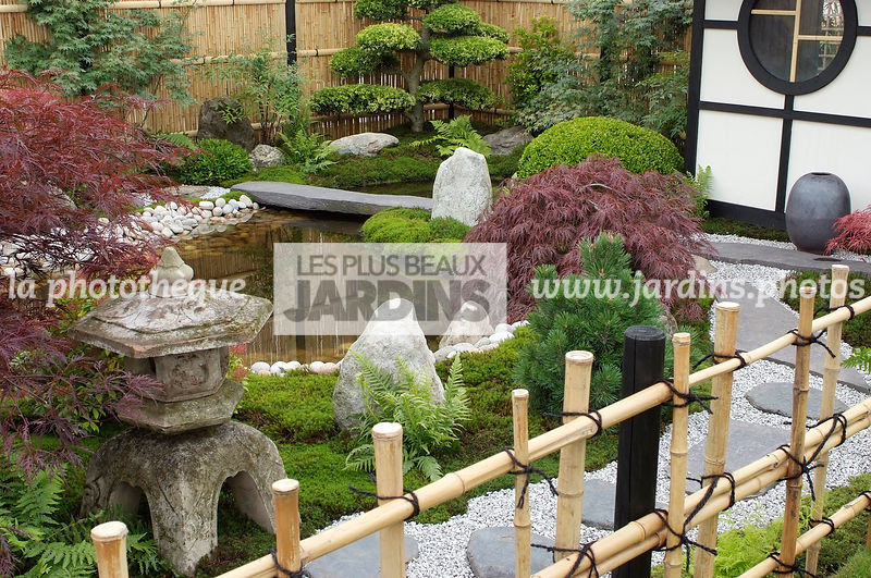 la phototh que les plus beaux jardins jardin style japonais jardin zen barri re fabriqu e. Black Bedroom Furniture Sets. Home Design Ideas