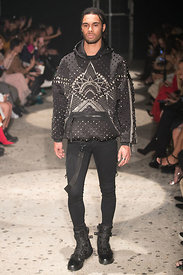 London Fashion Week - Julien Macdonad