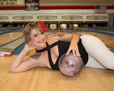 Bowling Alley Pin-Up Fun!  photos