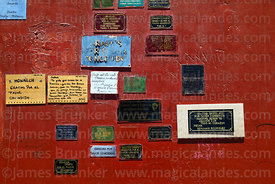 Thank you messages from believers for favours granted on base of Jesus Christ monument, Calama, Region II, Chile