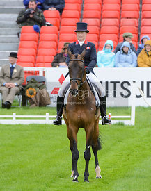 Pippa Funnell and BILLY BEWARE - Dressage phase, Mitsubishi Motors Badminton Horse Trials 2014
