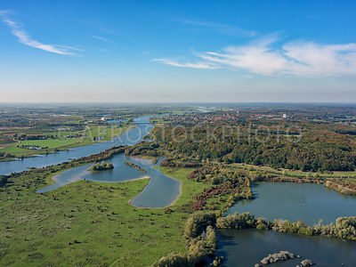 305338 | Nature reserve Blauwe Kamer  with the Lower Rhine and Grebbeberg, Rhenen, Netherlands.
