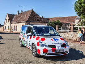 Carrefour Vehicle