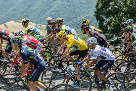 The Fight Inside the Peloton - Tour de France 2015