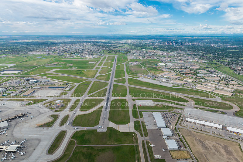 Runway 17R/34L, Calgary International Airport