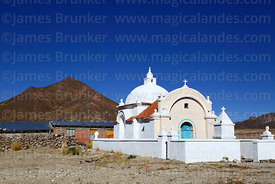 Small church at Sivingani near Salinas de Garci Mendoza, Cerro Jilarata in background, Oruro Department, Bolivia