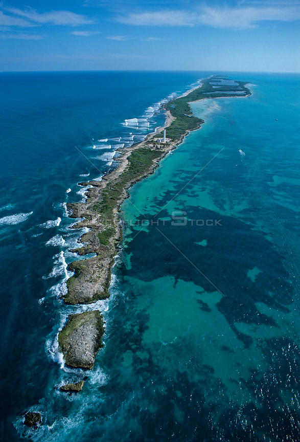 Aerial view of Contoy island from the north, Contoy Island National Park, Mesoamerican Reef System, near Cancun, Caribbean Sea, Mexico, January